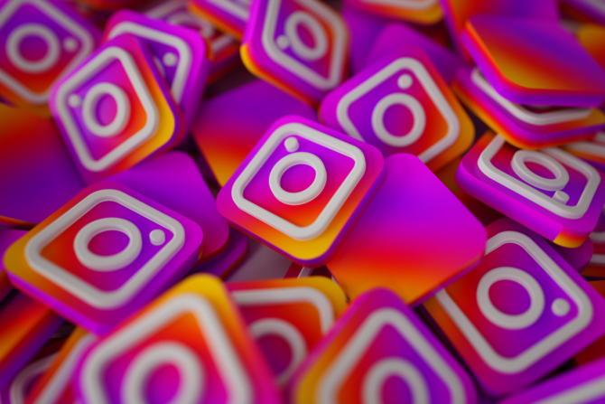 cara menambah akun instagram